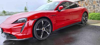 Porsche : la Taycan 100% électrique